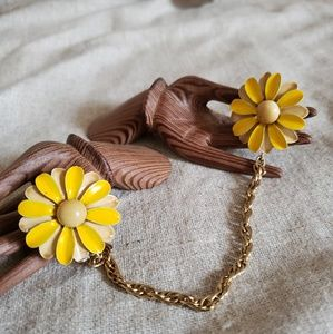 Vtg Yellow Metal Flower Chatelaine Collar Clips